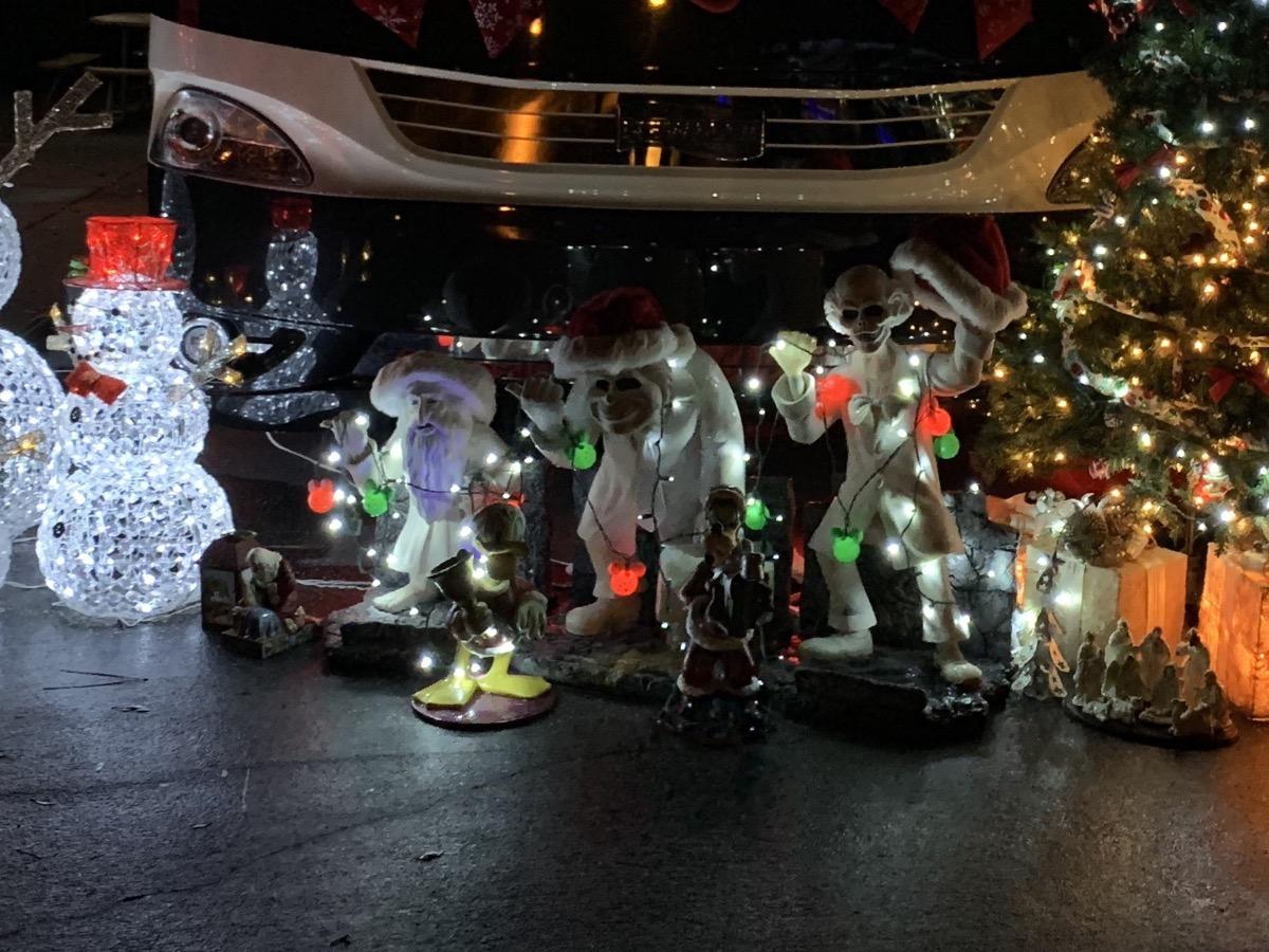 disney world hotels christmas decorations fort wilderness guests 7.jpg