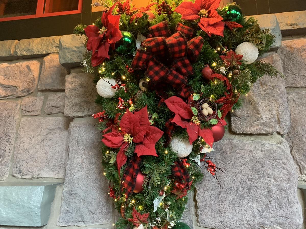 disney world hotels christmas decorations wilderness lodge 1.jpg