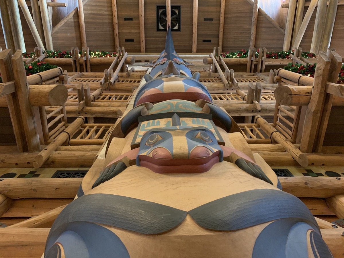 disneys wilderness lodge review lobby grounds 8.jpg