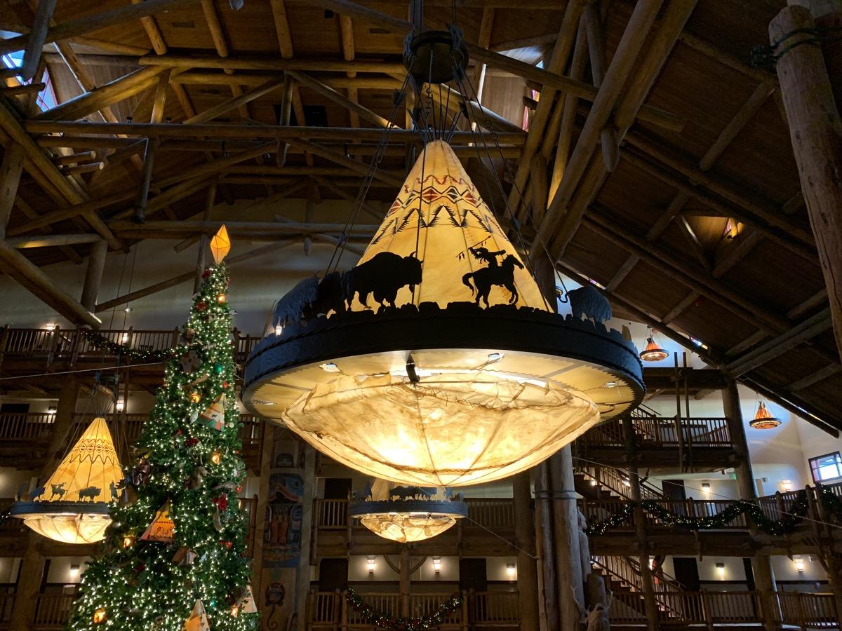 disneys wilderness lodge review lobby grounds 11.jpg