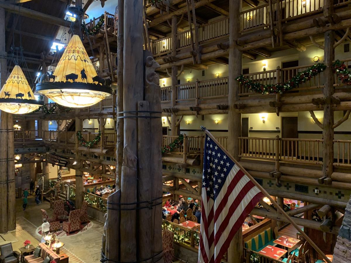 disneys wilderness lodge review lobby grounds 14.jpg