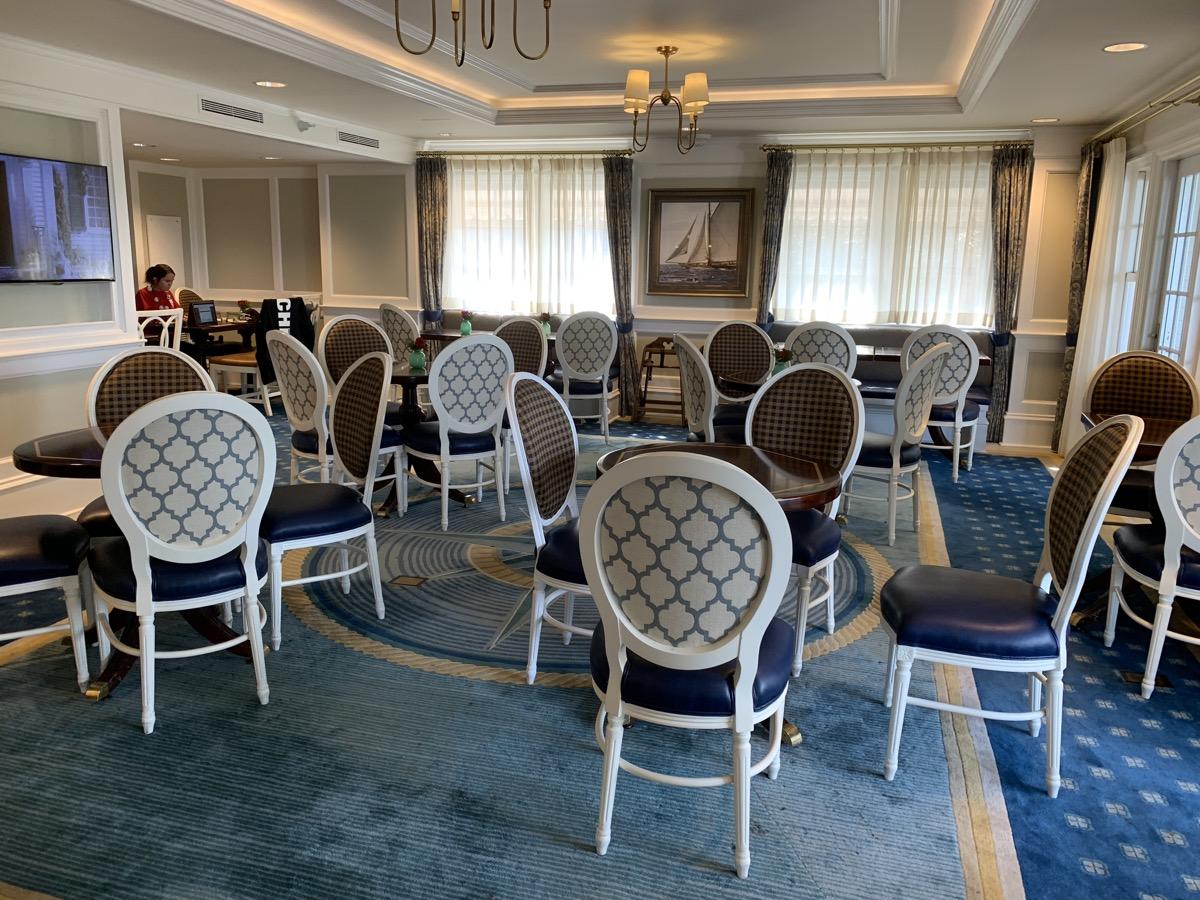 disney world club level lounge 7.jpg