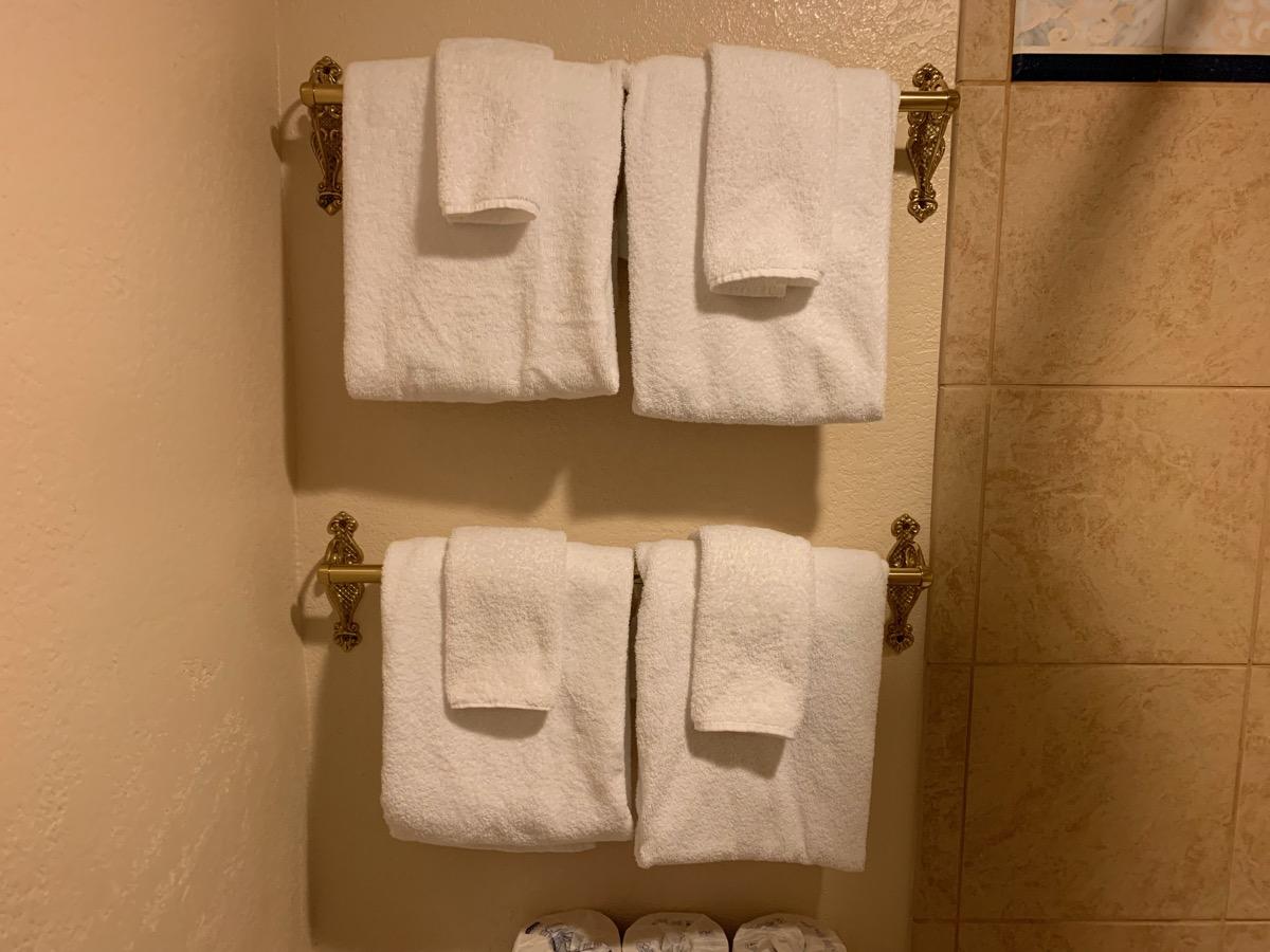 disney port orleans riverside royal guest room bathroom 10.jpeg