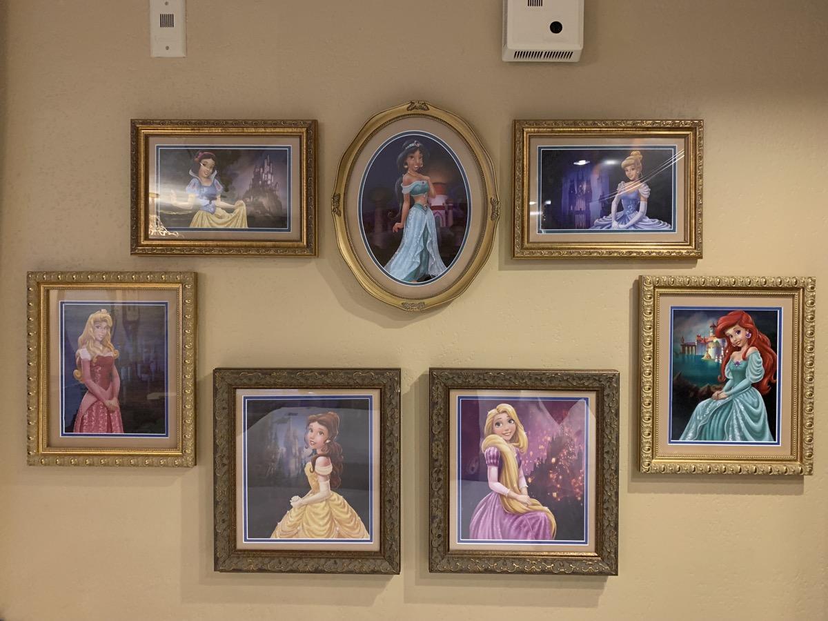 disney port orleans riverside royal guest room princess 0.jpeg