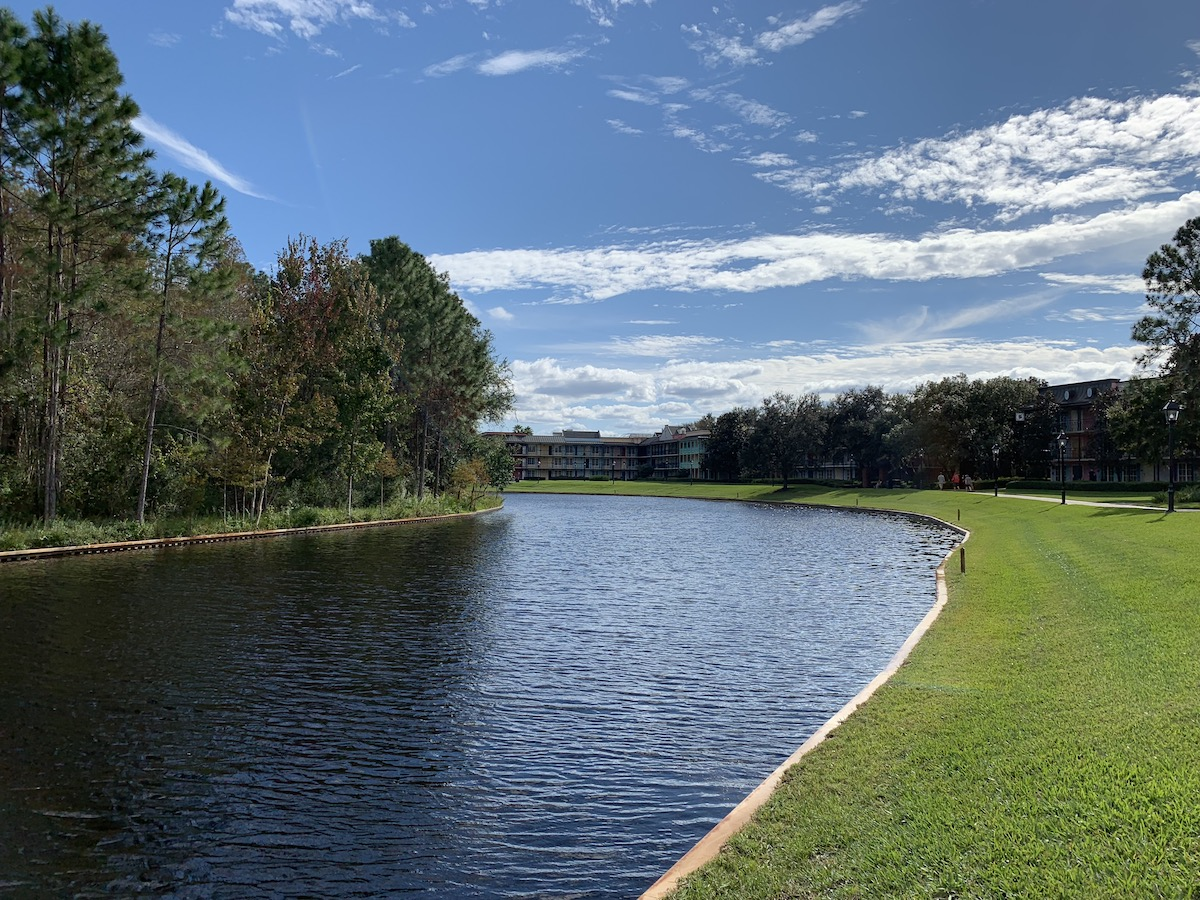 disneys port orleans riverside river path.jpeg
