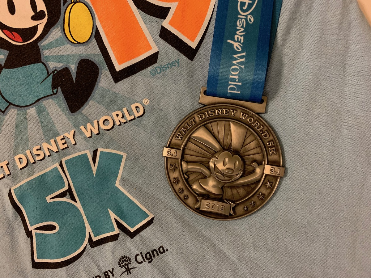 run disney world 5K medal.jpeg