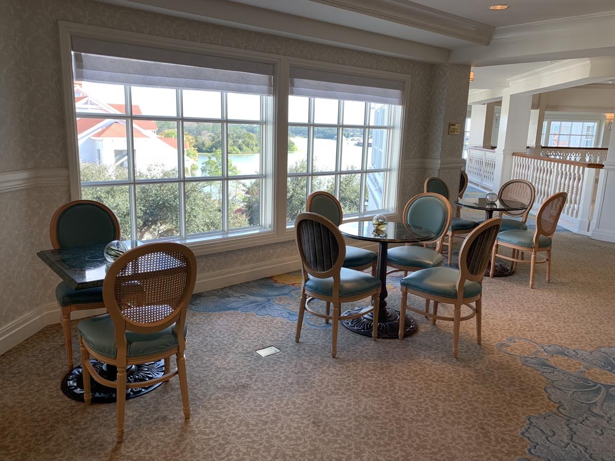 disney grand floridian royal palm club level review main lounge 2.jpeg