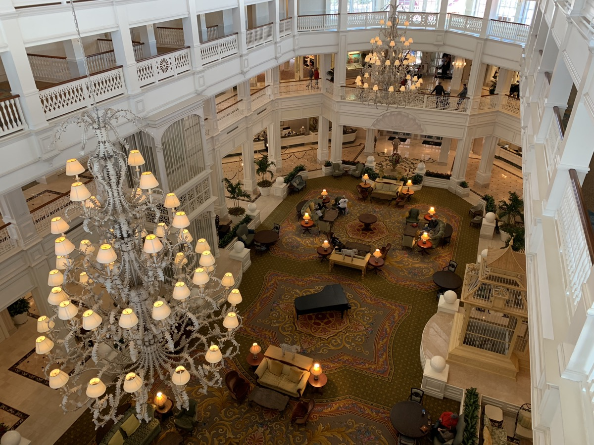 disney grand floridian royal palm club level review main lounge 5.jpeg