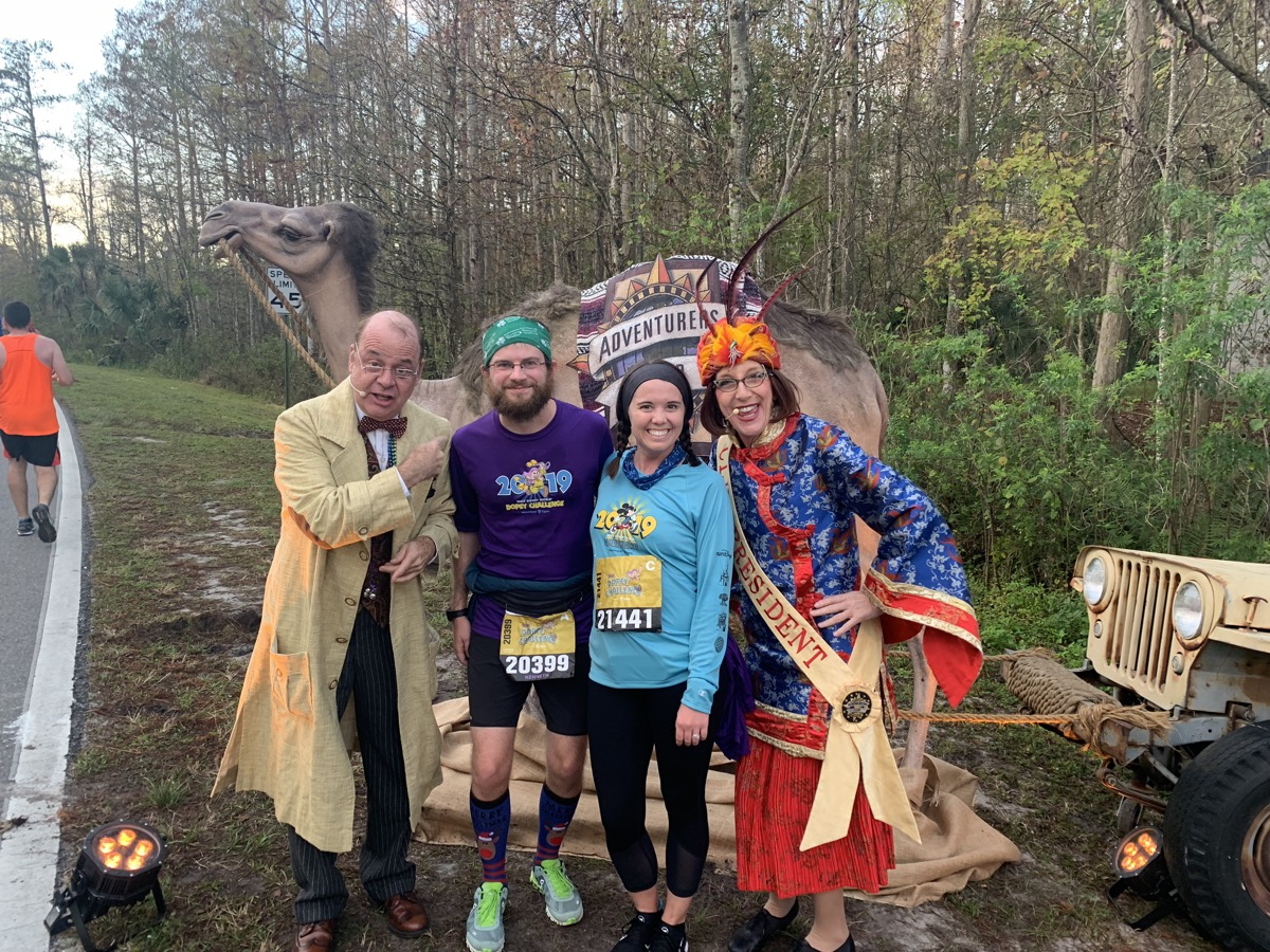 rundisney walt disney world marathon 2019 character 14.jpeg