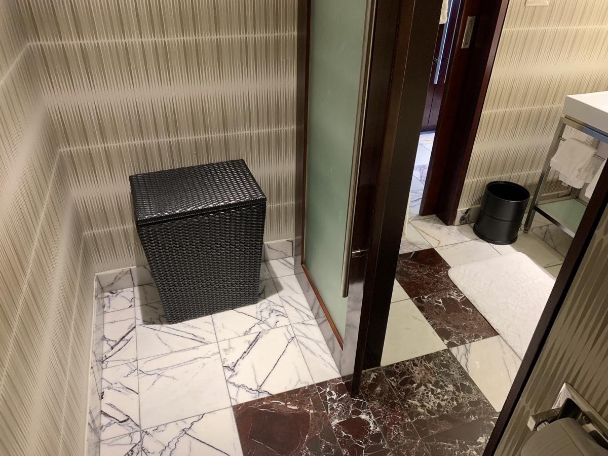 disneys contemporary resort review room bathroom 10.jpeg
