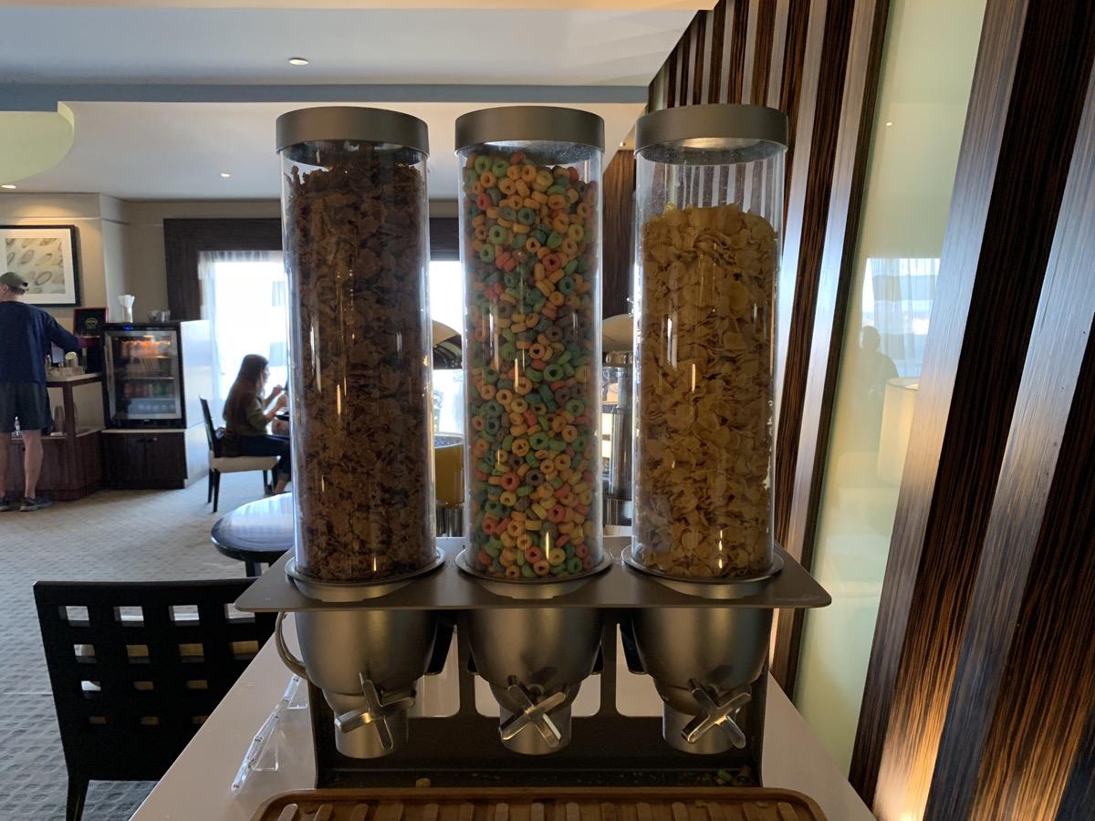 disney contemporary atrium club level review breakfast 2.jpeg