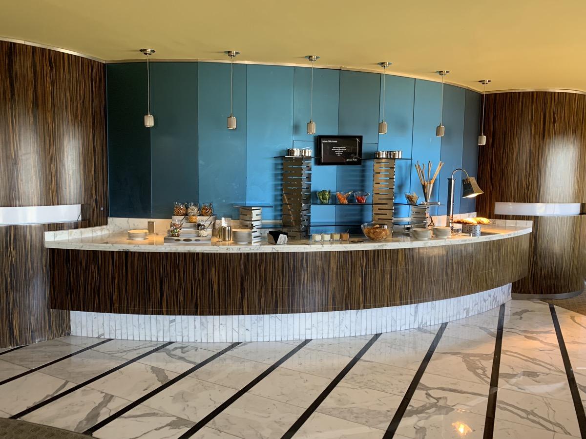 disney contemporary atrium club level review light snacks 5.jpeg