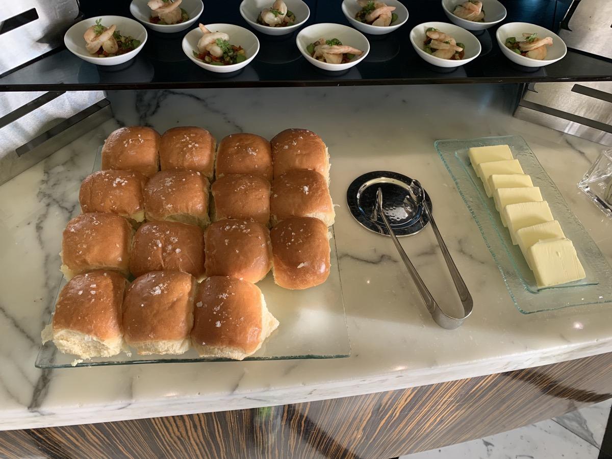disney contemporary atrium club level review appetizers 5.jpeg