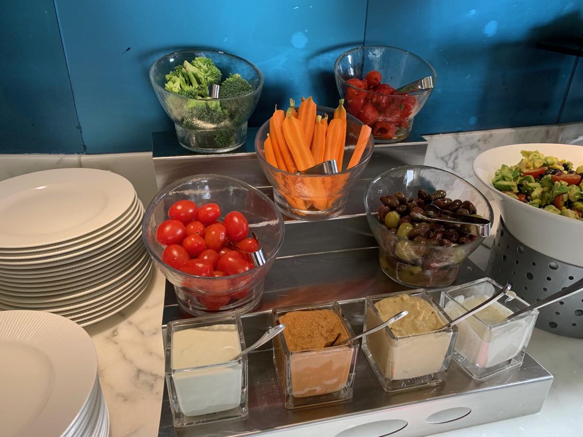 disney contemporary atrium club level review appetizers 11.jpeg