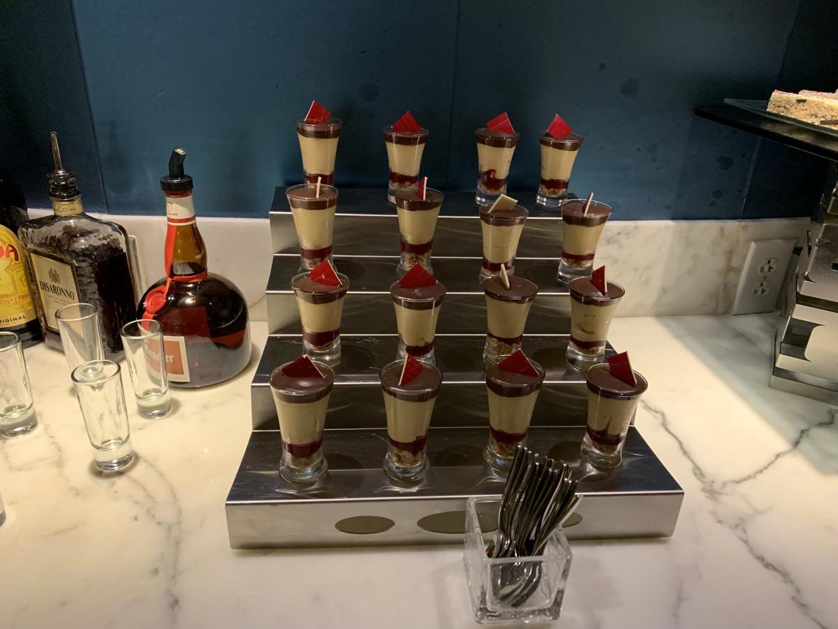 disney contemporary atrium club level review dessert 2.jpg