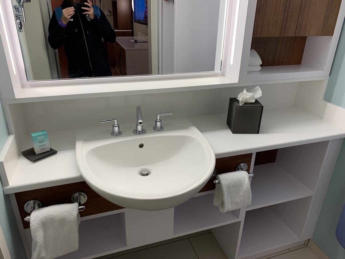disney world pop century review room bathroom 3.jpeg