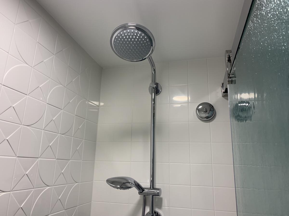 disney world pop century review room bathroom 6.jpeg