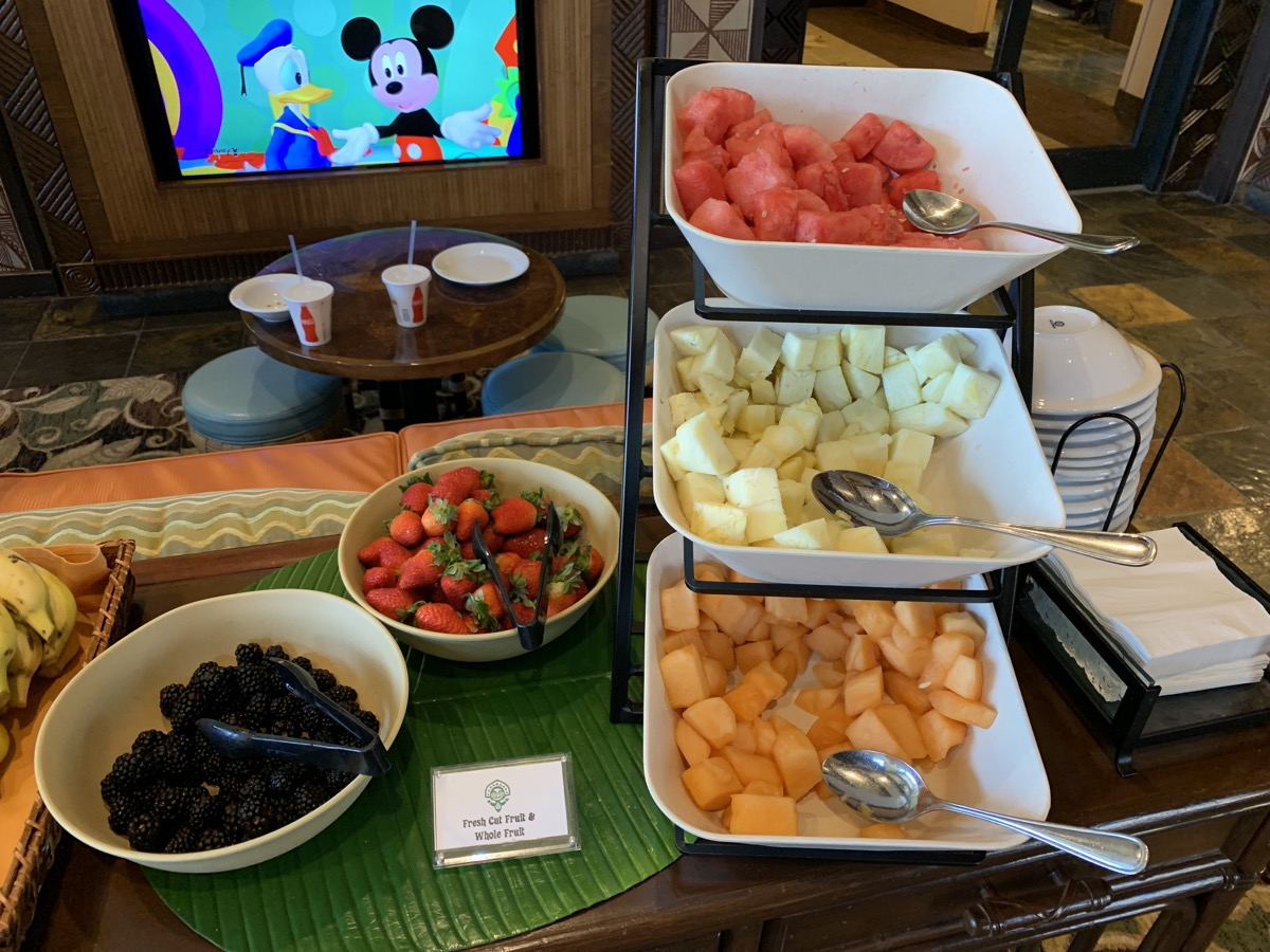 disney polynesian village king kamehameha club level review breakfast 11.jpeg