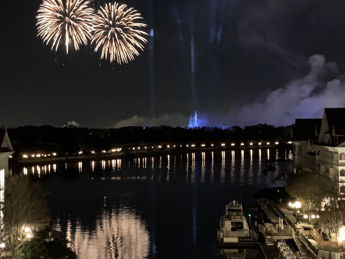 disney world magic kingdom theme park view rooms compared grand flo fireworks.jpeg