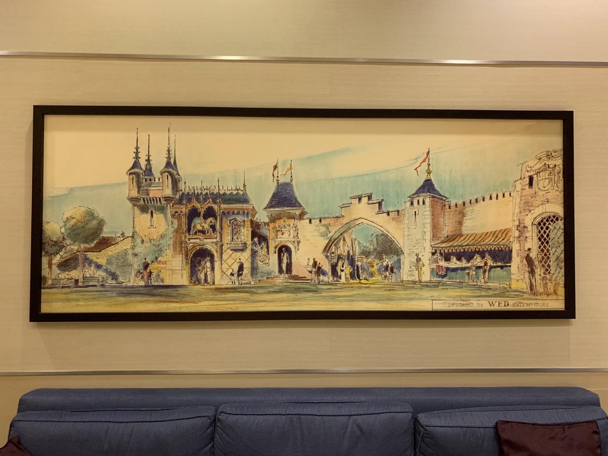 disneyland hotel review fantasy 2.jpeg
