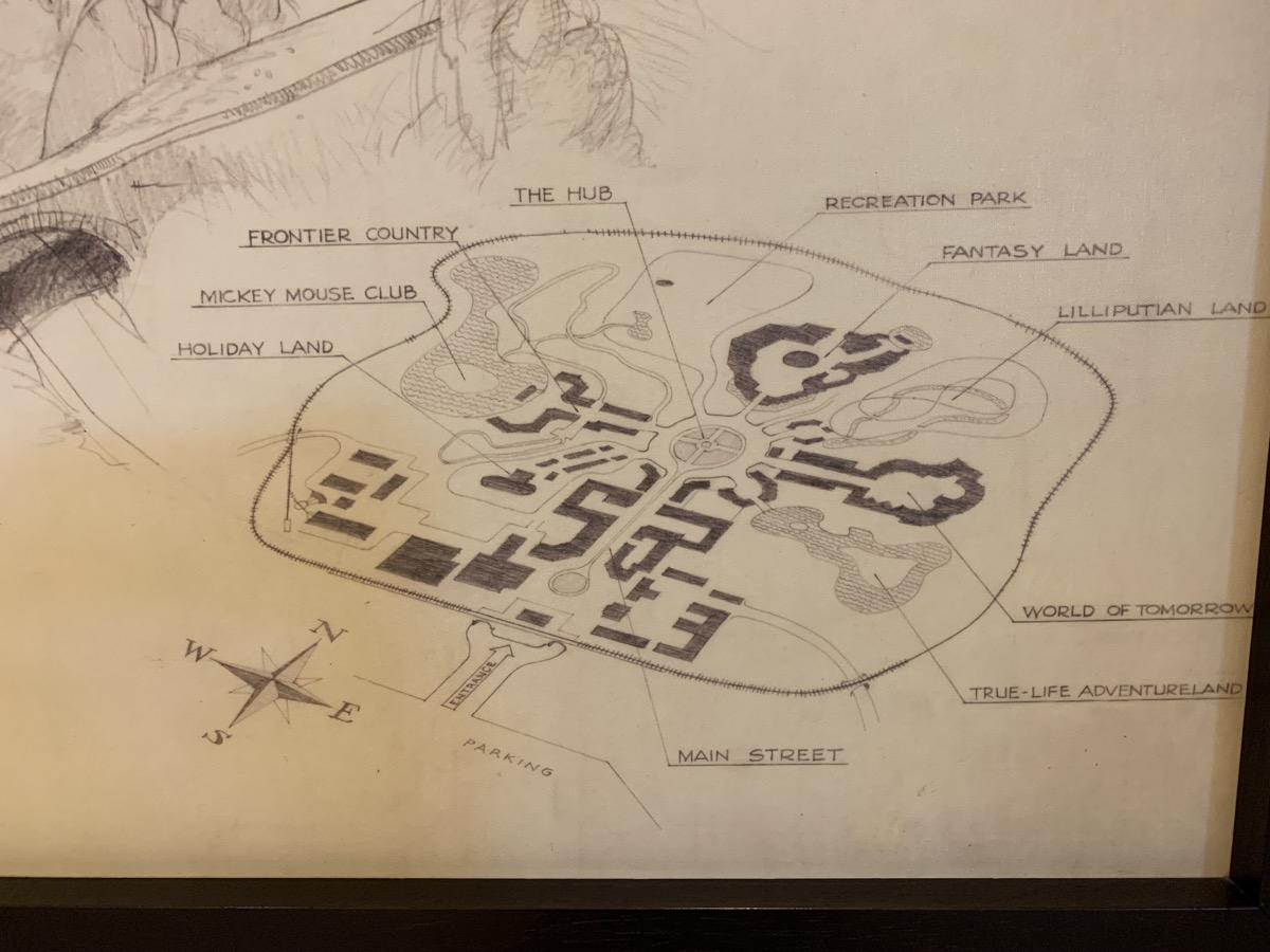 disneyland hotel review fantasy 5.jpeg