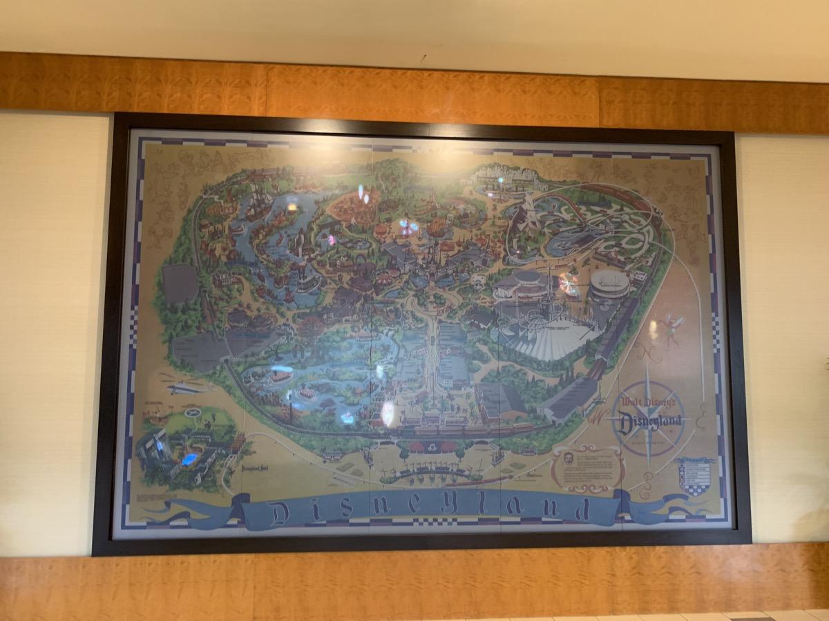 disneyland hotel review fantasy 7.jpeg