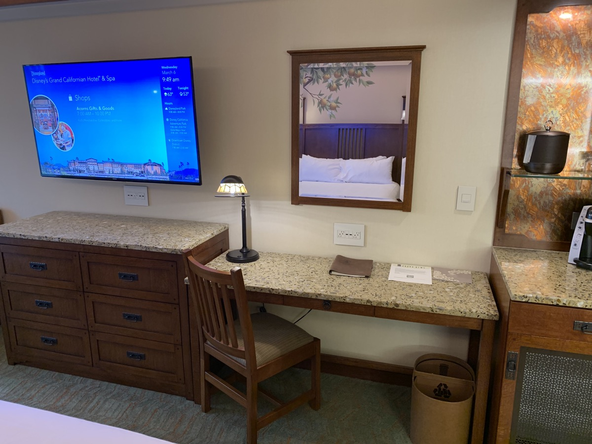 disney grand californian hotel review room 11.jpeg