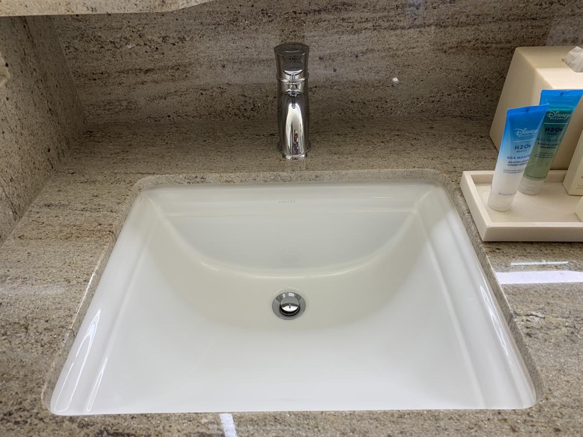 disney grand californian hotel review bathroom 3.jpeg