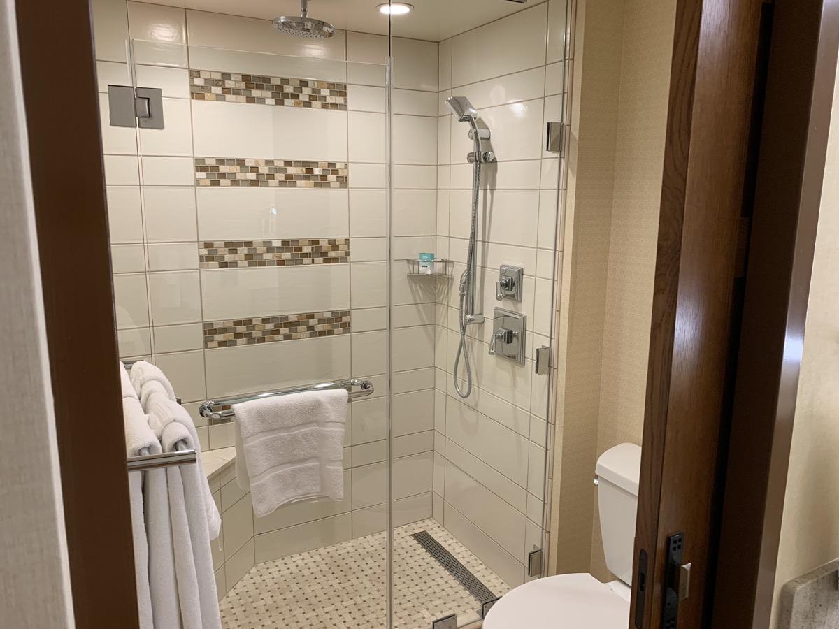 disney grand californian hotel review bathroom 5.jpeg