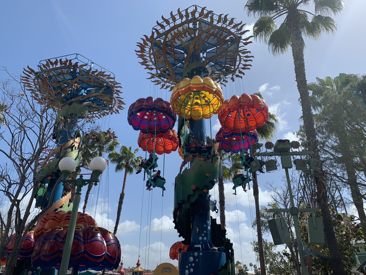 disney california adventure rides guide jumpin jellyfish.jpeg