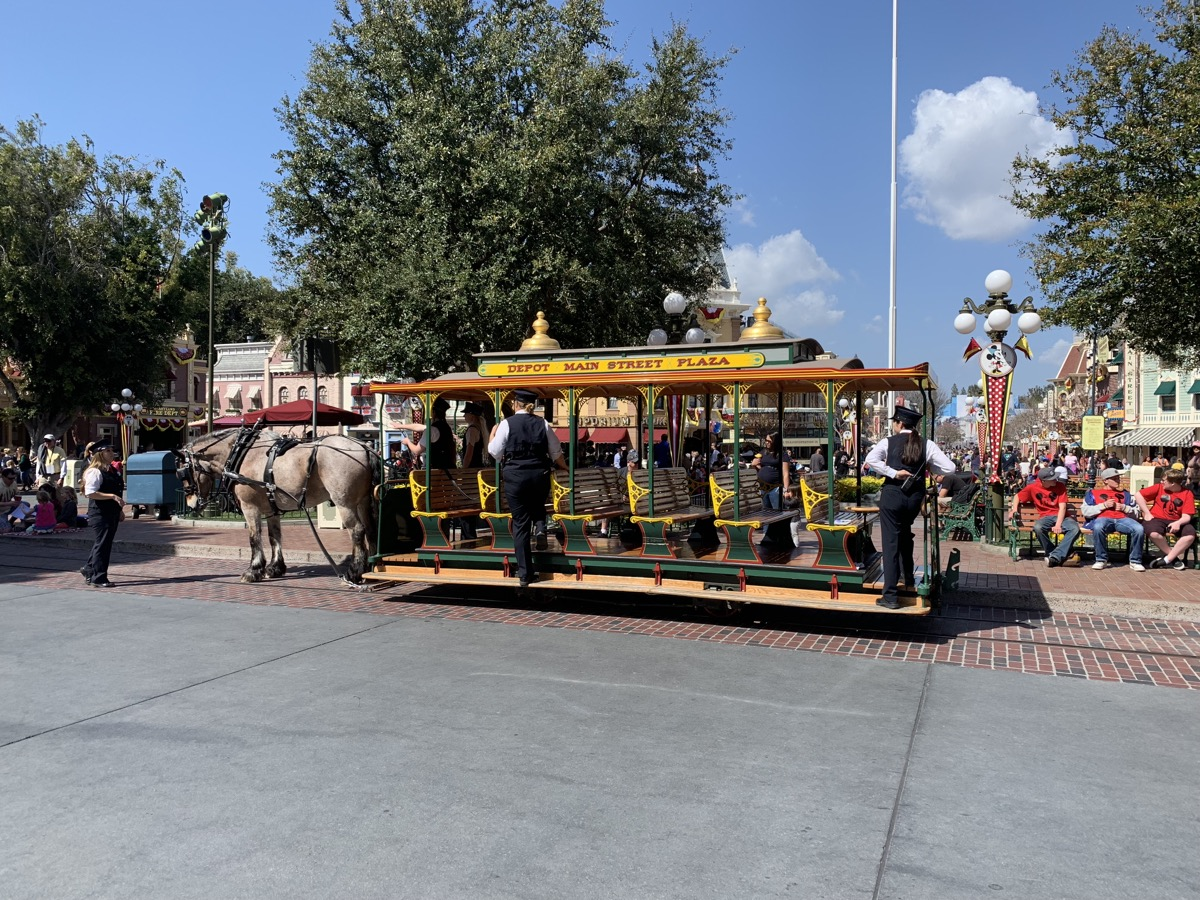 disneyland rides guide main st vehicles.jpeg