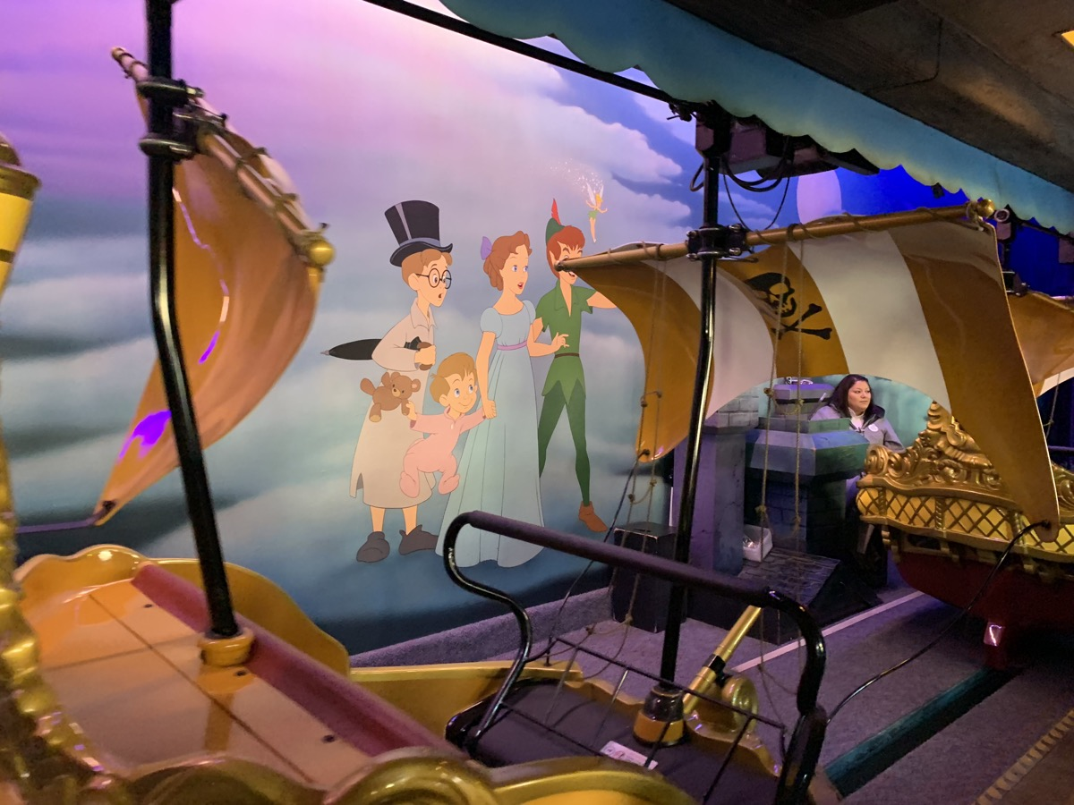 disneyland rides guide peter pans flight 1.jpeg