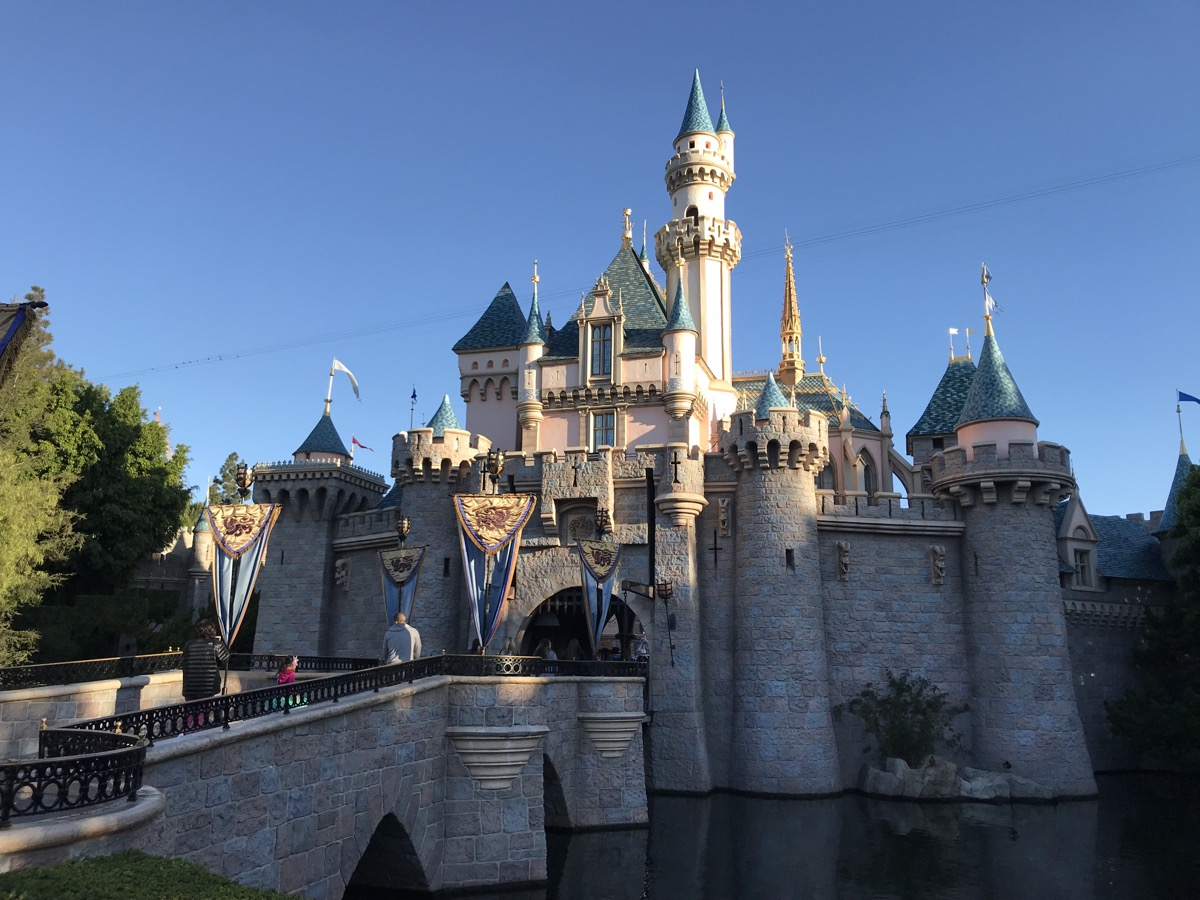 disneyland rides guide castle.jpg