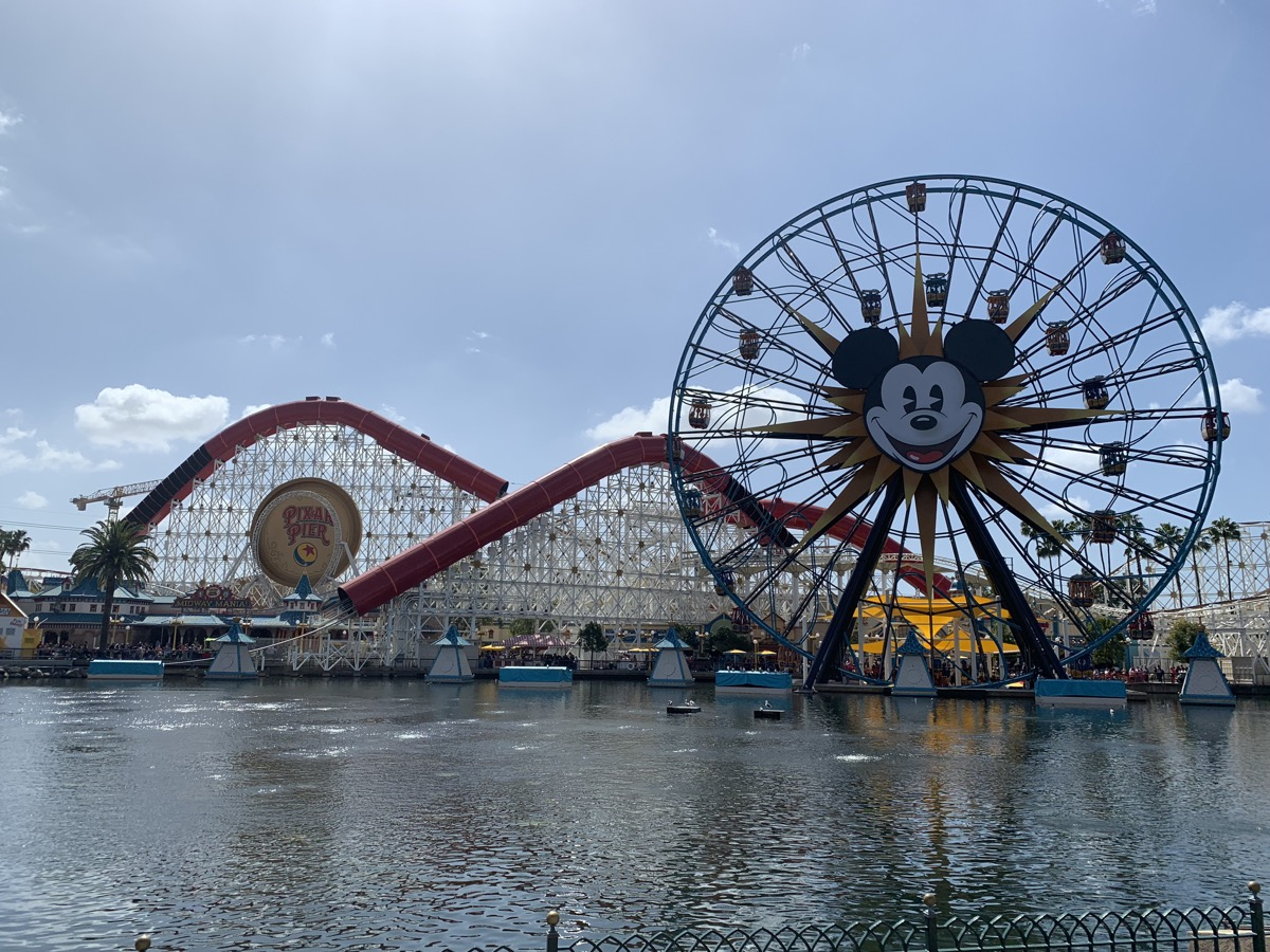 disney california adventure rope drop pixar pier.jpeg