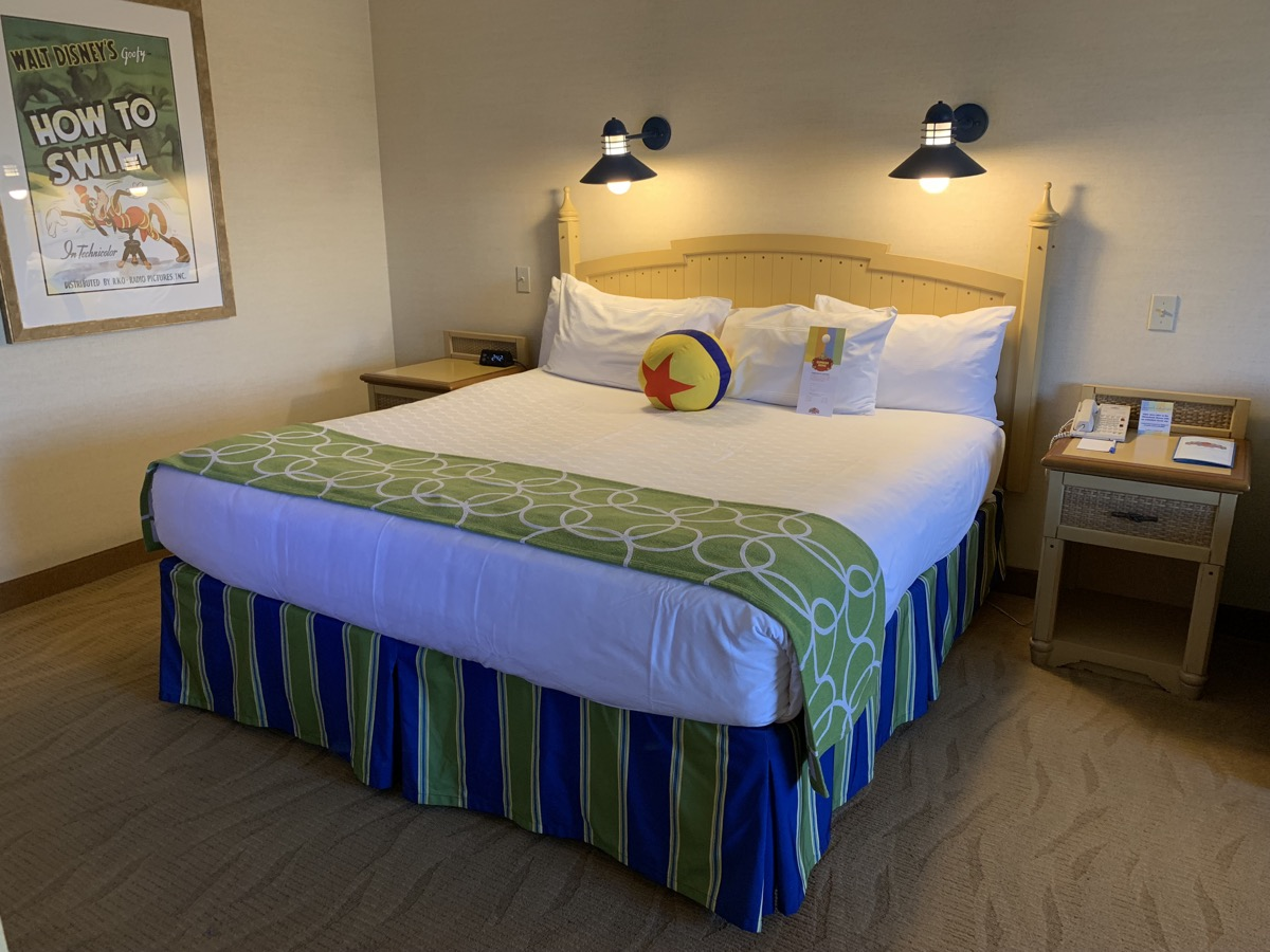 disney paradise pier hotel review room 13.jpeg