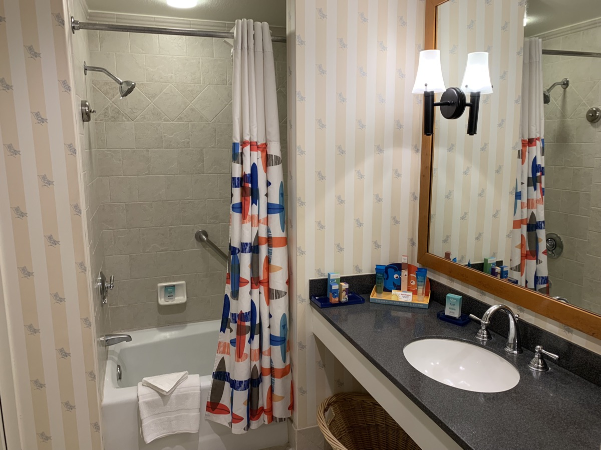 disney paradise pier hotel review room bathroom 1.jpeg