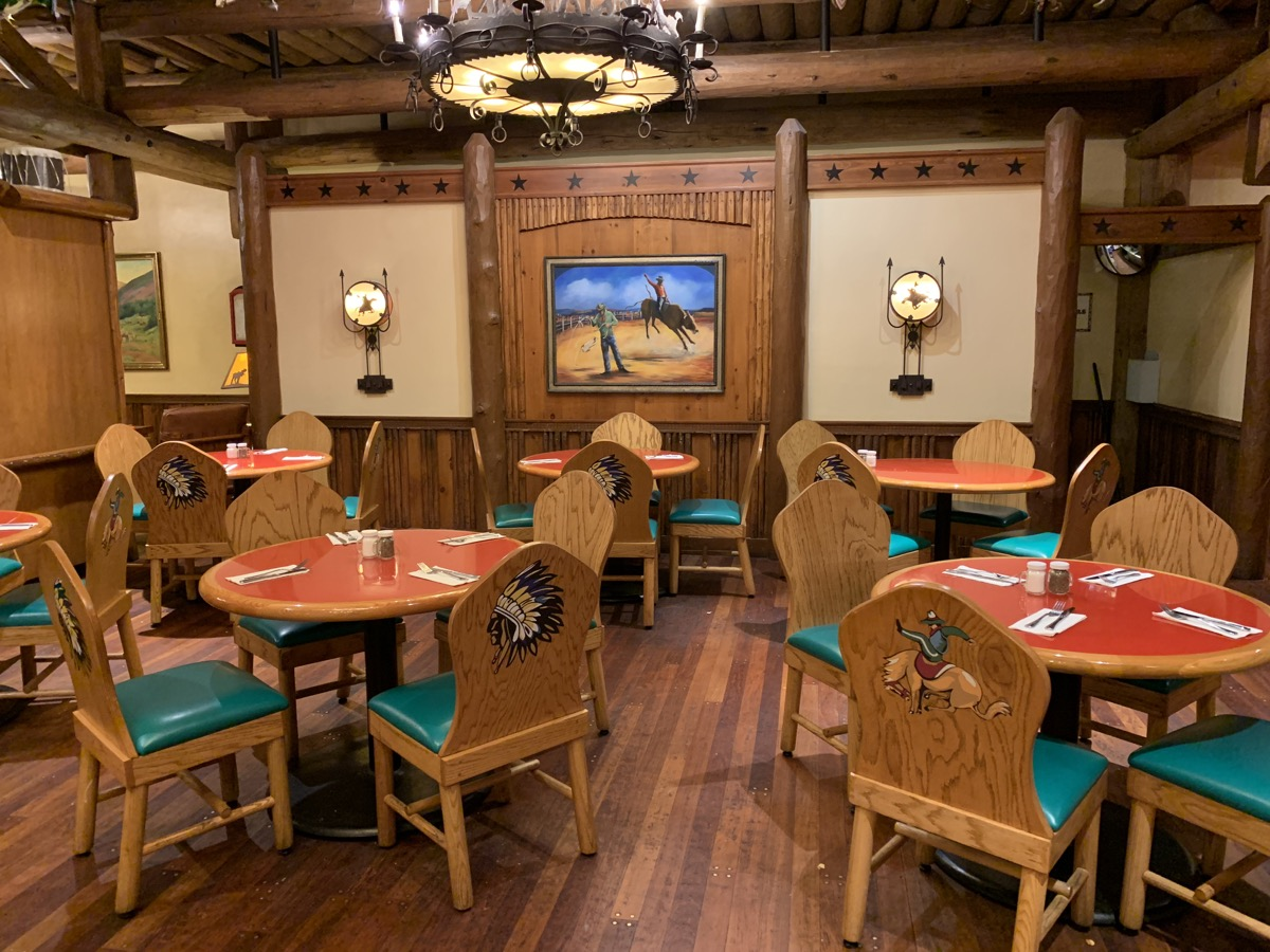 disney dining reservations whispering 2.jpeg