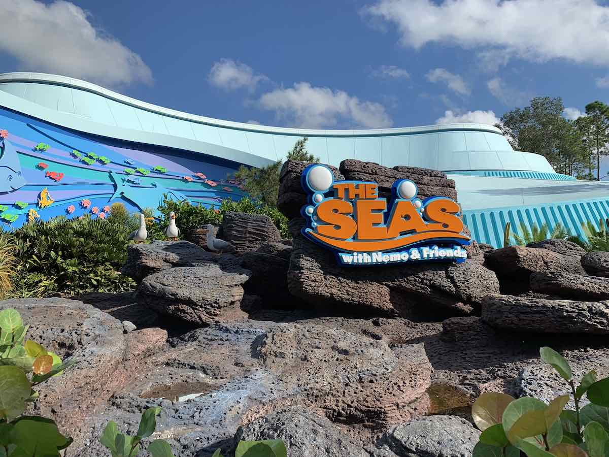 epcot rides attractions best rides at epcot seas with nemo and friends.jpg