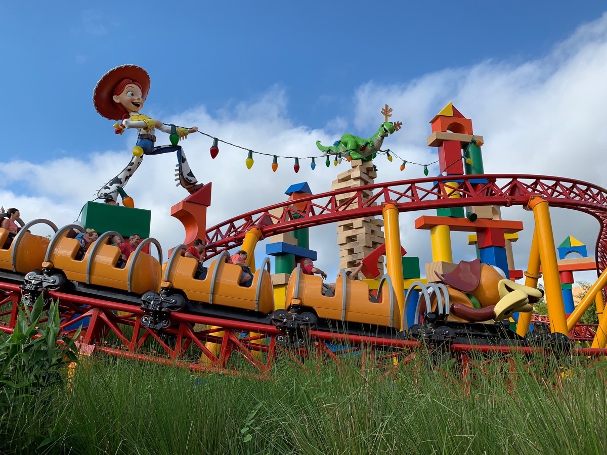 disney world fastpass slinky dog.jpeg