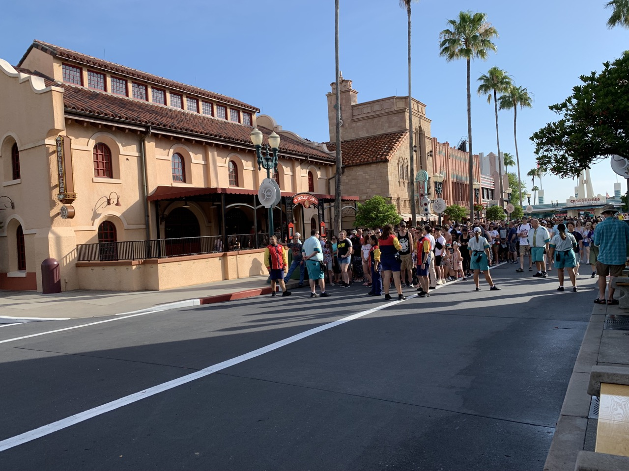disney world trip report early summer 2019 day two 26 rope drop.jpeg