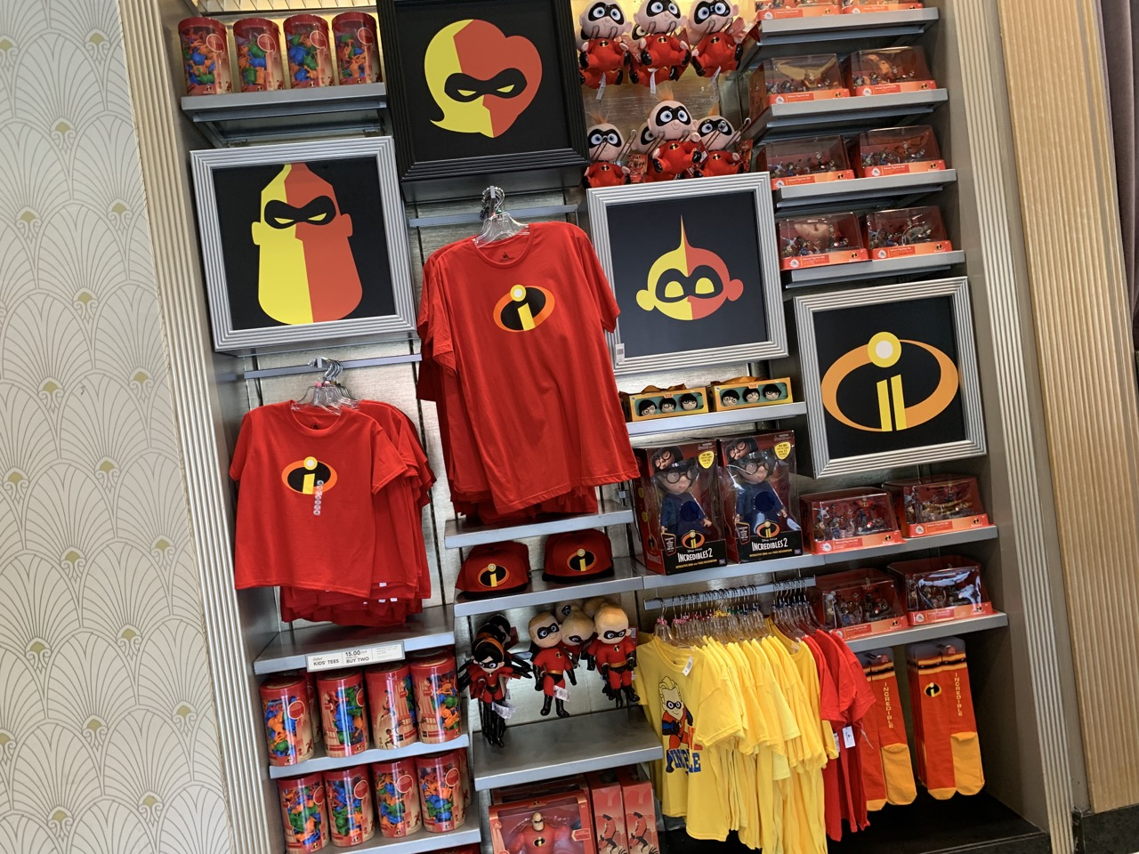 disney world trip report early summer 2019 day two merchandise 05.jpeg
