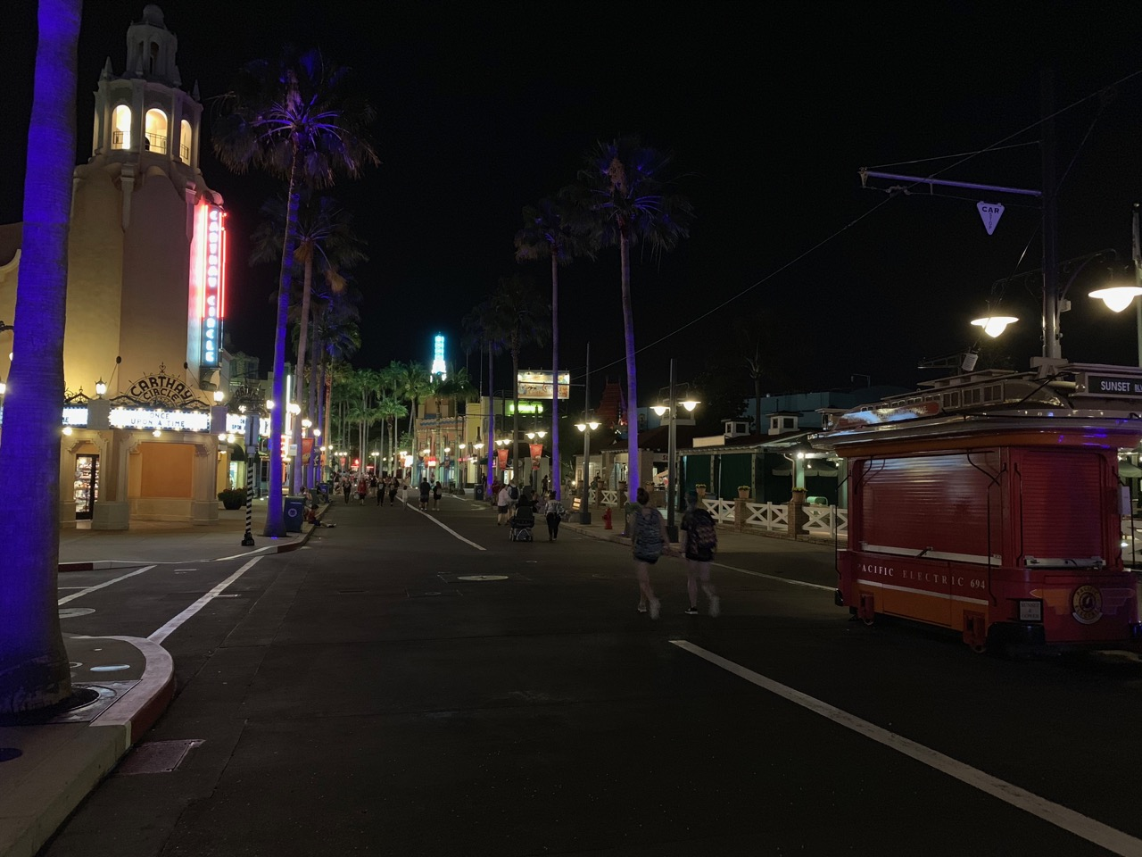 disney world hollywood studios after hours review 50 crowds.jpeg