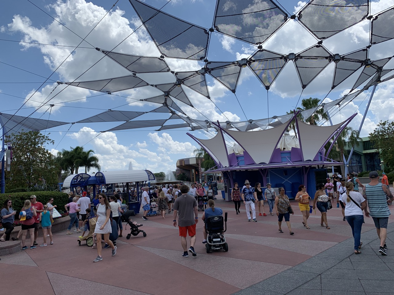 disney world trip report early summer 2019 day four 01 arrival crowds.jpeg