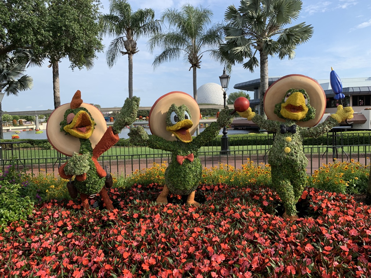 disney world trip report early summer 2019 day six 21 topiary.jpeg