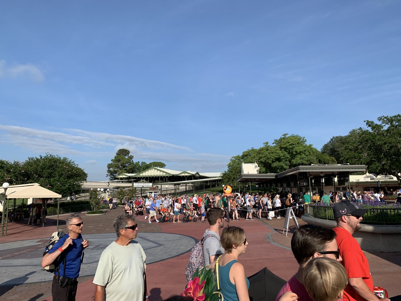 disney world trip report early summer 2019 day five 09 entrance.jpeg