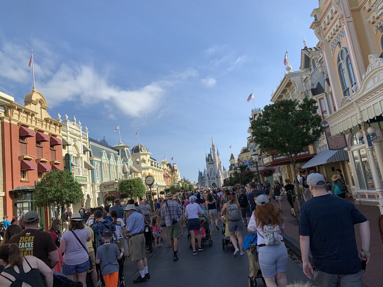 disney world trip report early summer 2019 day five 11 main street usa.jpeg