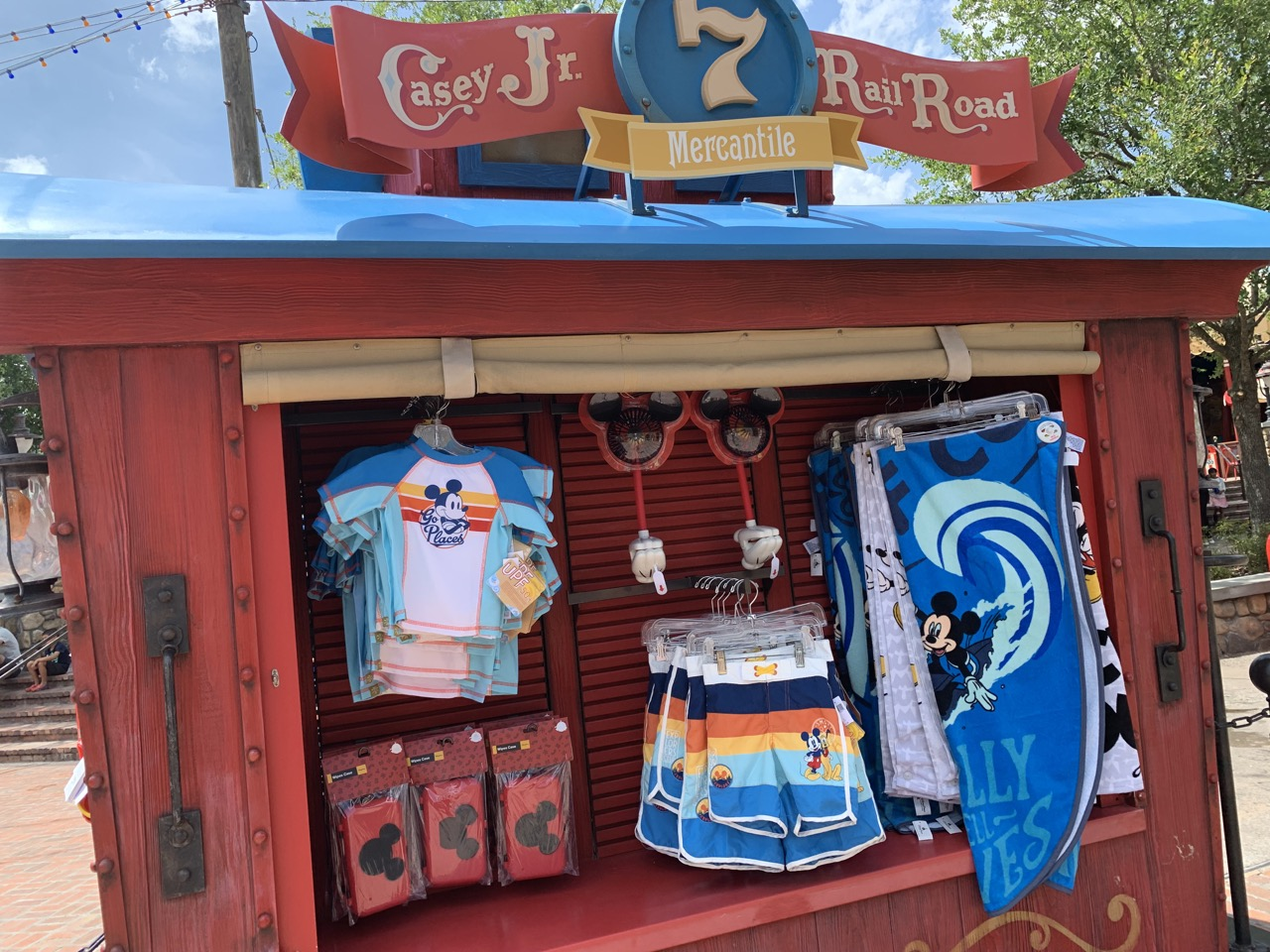 disney world trip report early summer 2019 day five 50 splash gear.jpeg