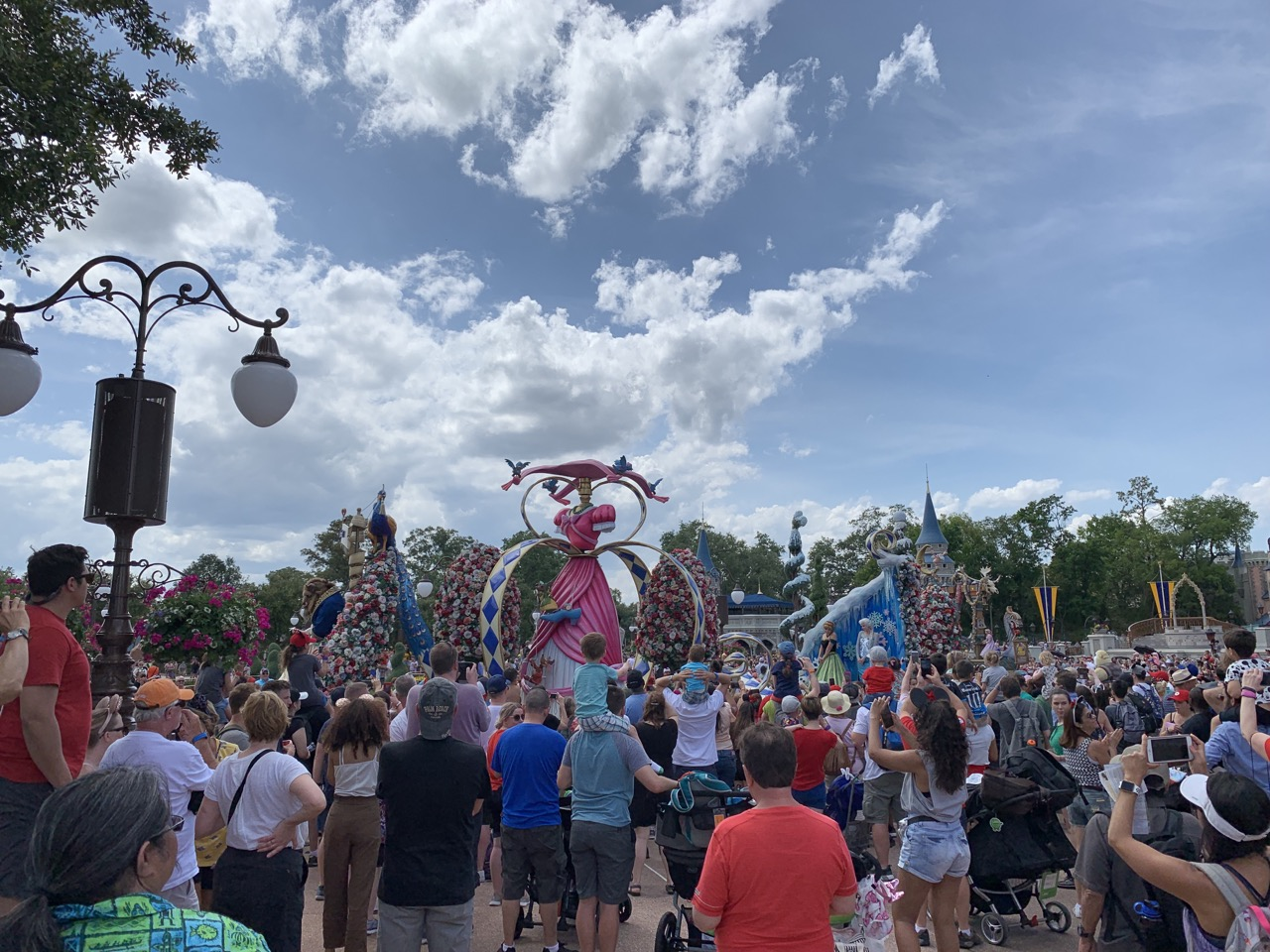 disney world trip report early summer 2019 day five 52 parade.jpeg