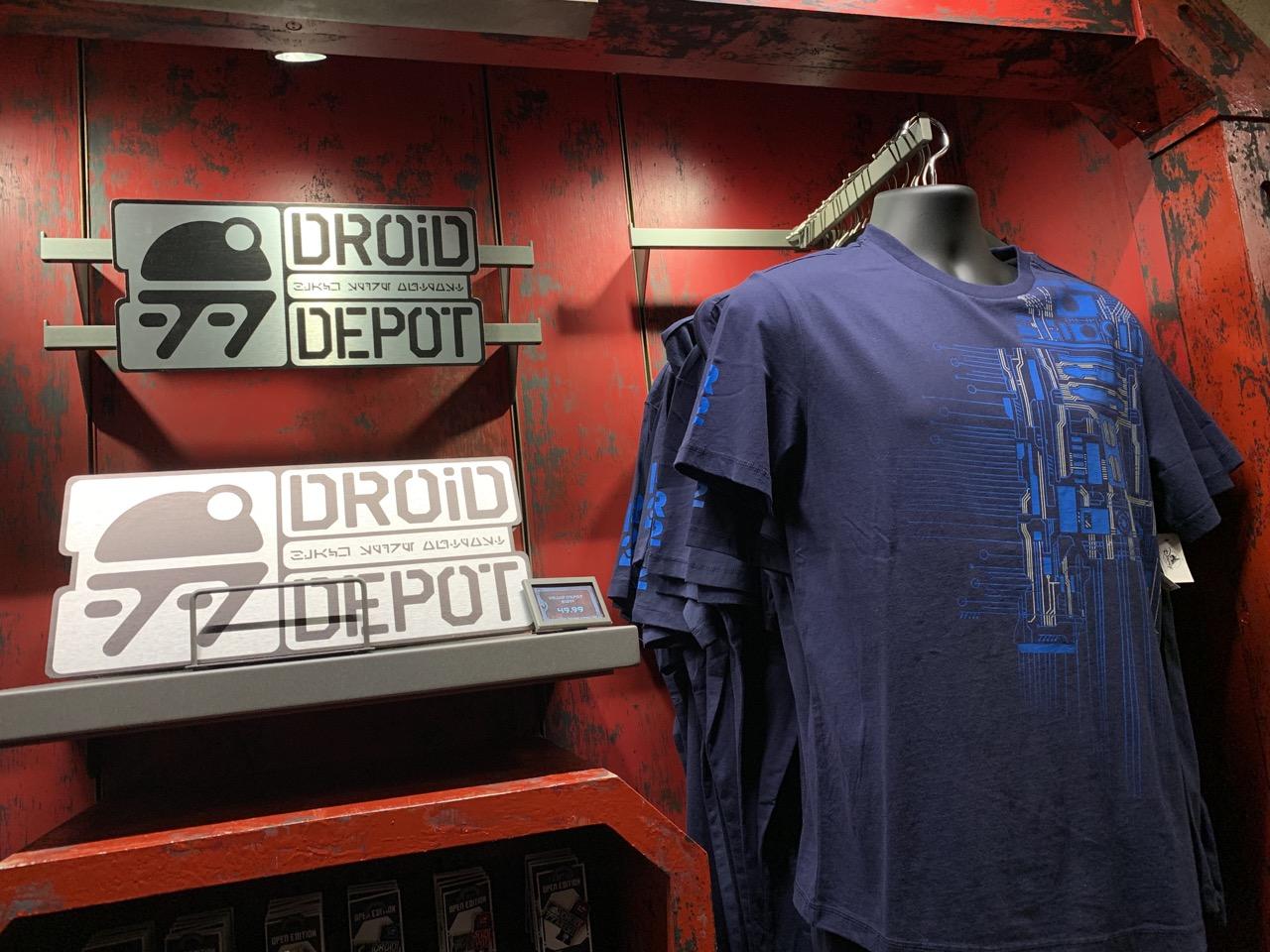 disneyland trip report day 2 galaxys edge droid depot 8.jpeg