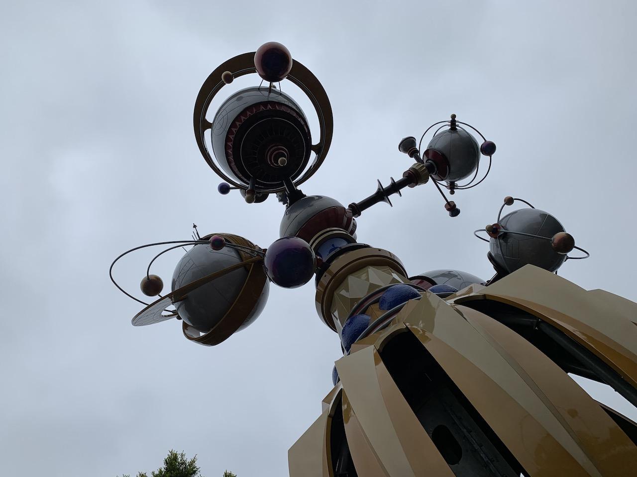 disneyland trip report day 3 08 astro orbitor.jpeg